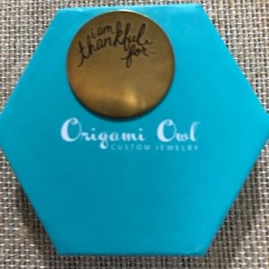 Origami Owl Large Thankful Plate